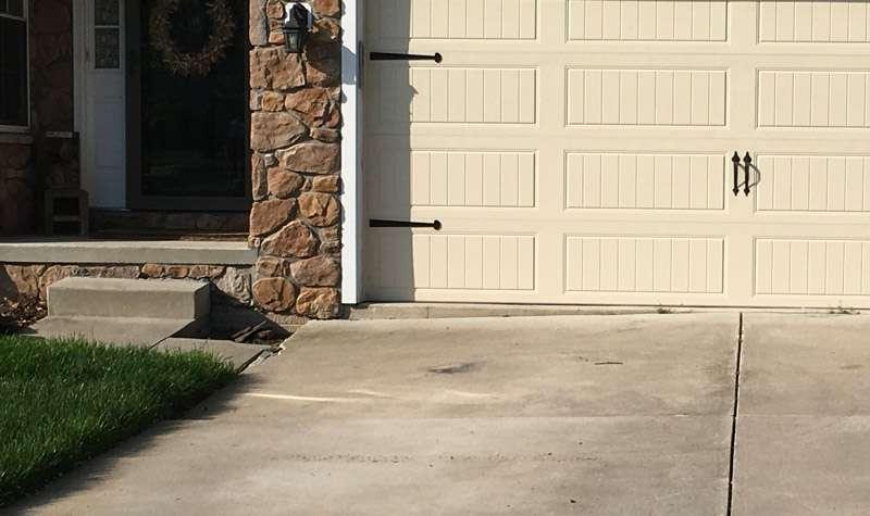 driveway before mudjacking